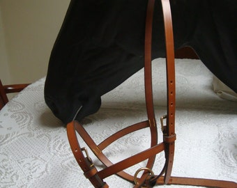 Foal Slip, Newly made by SP Leather (GB) Fully adjustable, London Tan.  Hand Stitched.
