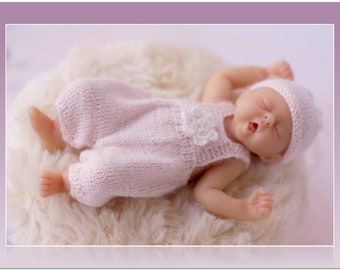 Clothes for Camille Allen baby doll Mini doll clothes Baby Girl Pink Outfit Miniature knitting 4 inches baby doll Newborn doll clothing