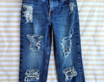 Boys distressed jeans, Distressed denim, Ripped jeans