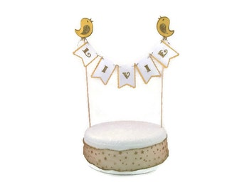 Personalised cake bunting, Livie Livia, birthday party yellow white and gold chick custom colours and name, childs birthday party Easter