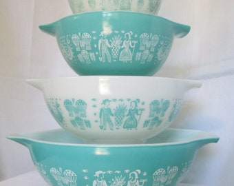 Vintage Pyrex Cinderella Mixing Nesting Bowls AMISH BUTTERPRINT Full Set of 4 Turquoise and White