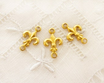 Tiny Raw Brass Fleur de Lis Connectors Brass Stamping Links - 10