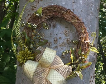 Grapevine and Floral Wreath, Wall Decor. Floral. Home Decor. Gold. Wreath.