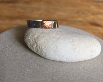 Chunky silver ring with textured copper detail Size L