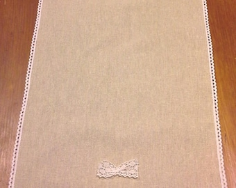 linen and 180 cm lace table runner