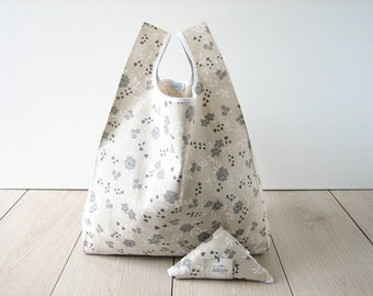 tote bag / shabby flower bag / beige cotton shopper / gray flower shopping bag / folded tote in a triangle / edge in white ribbon / 1 piece