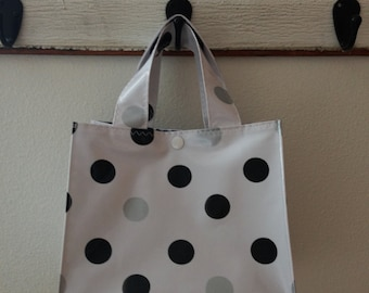 Beth's Black and Silver Dot Oilcloth Lunch Box