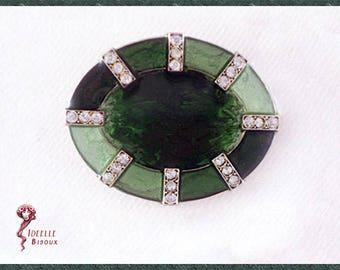 Green vintage Art Déco oval brooch, enamelled