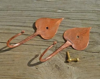 A pair of beautiful handmade copper Arts & Crafts style tear drop hooks
