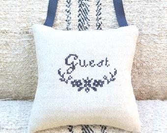 Antique Linen Square Sachet - Guest