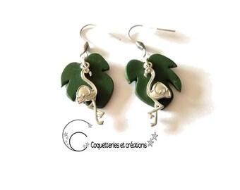 boucles d'oreilles feuille tropicale philodendron et flamant rose apprêt argenté. Vert  Nature. fait main, création Française