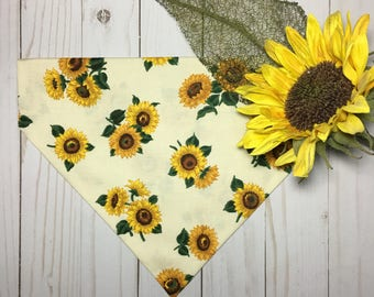 Sunflower Dog Bandana, Dog Bandana, Over the Collar Dog Bandana, Pet Bandana, Girl Dog Bandana, Girl Pet Bandana