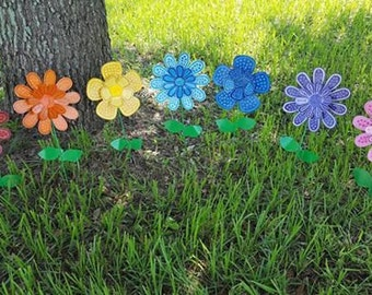 Charmant Rainbow Flower Stakes, Set Of 7, Rainbow Garden Art, Metal Flower Stake,  Outdoor Lawn Decor, Garden Decor, LGBT, Gay Pride, Same Love, Gay