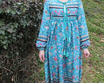 Vintage Blue and Floral Print Long Sleeved Hippie Dress