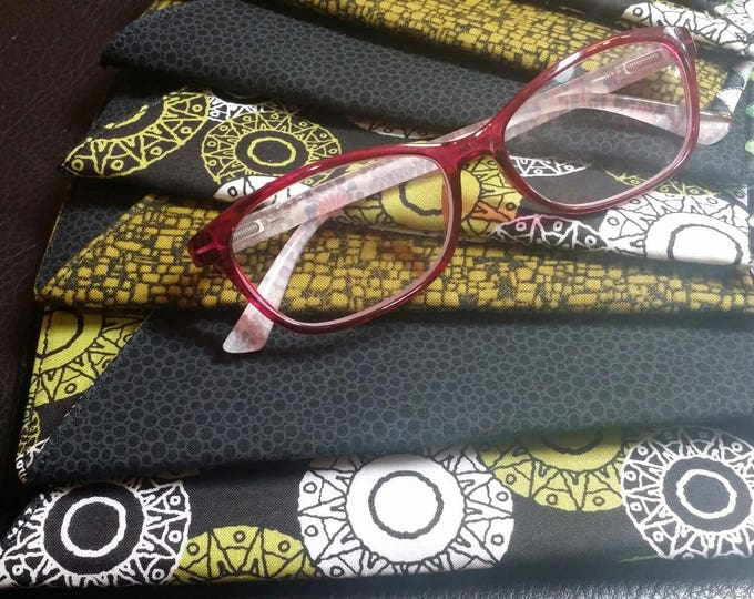 EYE GLASS CASE-Sleeve-Lime Green n' White Circles n' Black (Phone & glasses not included)