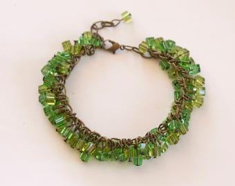 Retro green glass bracelet, boho bracelet, hippie bracelet, vintage, cha cha bracelet