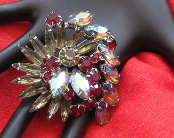 Exquisite Large Vintage Brooch, Aurora Borealis, Deep Red and Smoky Gray Rhinestones, Prong Set, Juliana D&E?, 1960s