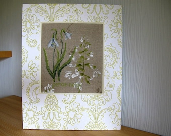 "Table ""snowdrops"" embroidered and painted white and green"