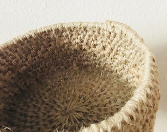Jute coiled basket