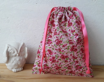 XS or small bag - pink with pink flowers - wool flower