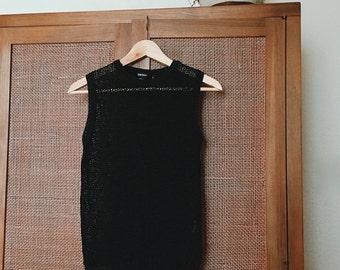 "1990's VTG ""DKNY"" Black Loose Knit Cotton Sleeveless Sweater Size SMALL"