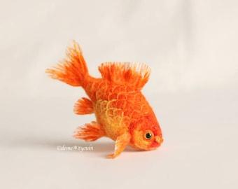 """Needle felted goldfish""""Wakin"""""""