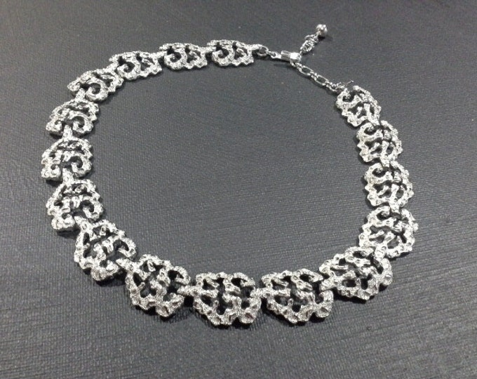Vintage Trifari Silver Tone Modernist Link Choker Necklace Tagged & Stamped
