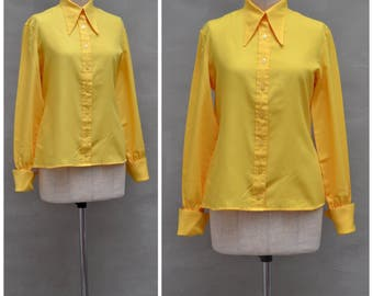 Vintage blouse, 1970's Ladies, long sleeved shirt style top, oversized / dagger collar, canary yellow blouse, double cuff,  70's fancy dress