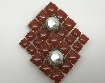 Gorgeous Carnelian & Faux Pearl Pin Brooch / Pendant