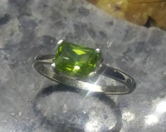 peridot ring, sterling silver peridot ring, emerald cut peridot, sterling silver, radiant peridot, .925, 7x5 emerald cut, size 4-11, modern