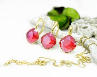 Royal red crystal earrings, Swarovski earrings, Bridesmaids gift, Red gold cushion cut earrings pendant, Bridesmaids earrings, Crystal set