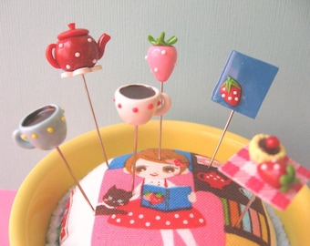 Strawberry Afternoon Tea Pin Topper Set