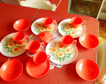Melmac vintage melamine dishes set salmon and daisy