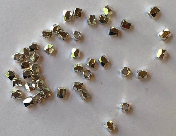 50 Pieces of Small Metal Beads - 3mm, Spacers, Silver Color,Rectangular, Faceted Polygons, Base Metal