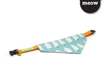 GOOOD Cat Collar   Center Scarf - Winterland   100% Turquoise Pattern Fabric   Safety Breakaway Buckle