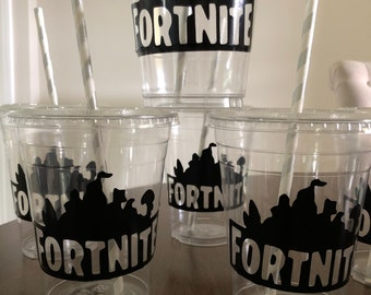 Fortnite Battle Royale Birthday Party  Disposable Plastic Cups with lid 16oz  Birthday  Party decor tableware boy Birthday Gaming gamer