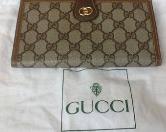 Gucci Vintage Authentic Trifold Wallet Great Condition