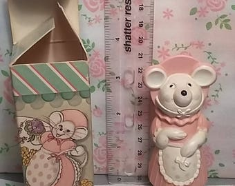 Millicent mouse Avon finger puppet and perfume.