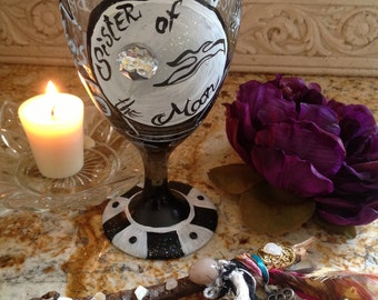 SISTER of the MOON, custom wineglass, Moon Goddess, Night Sky, Gypsy Woman, Witch, Wiccan, Magic, Stars, Celestial, Hand Painted,Wild Heart