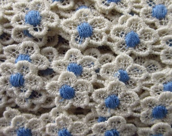 3 Yard White Daisy Blue Center Venise Lace Edging Trim Sewing  V-6