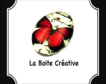 CABOCHON oval Butterfly red and black in glass 18 x 13 mm