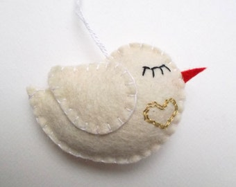 Little bird ornament - gold heart - handmande felt ornaments - Christmas/Housewarming home decor - Baby shower - eco friendly