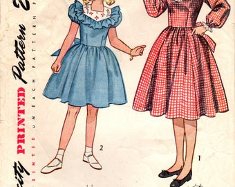 1940s Simplicity 2657 Vintage Sewing Pattern Girl's Full Skirted Dress Size 8