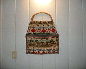 70s ethnic tote - handbag. Folk art hippie bag, peasant dancers border woven bright colors, large tote with natural reed wrap handle.