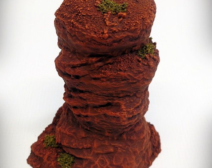 Wargame Terrain - Single Spire A – Miniature Wargaming & RPG rock formation terrain - 5 inches tall