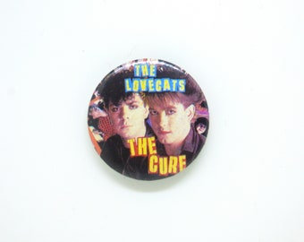 Vintage 80s The Cure - Love Cats Single (1983) - Robert Smith and Lol Tolhurst - Pin / Button / Badge