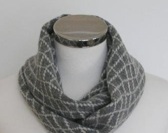 Circle Scarf Soft Merino Lambswool  Perl Grey With Cream White