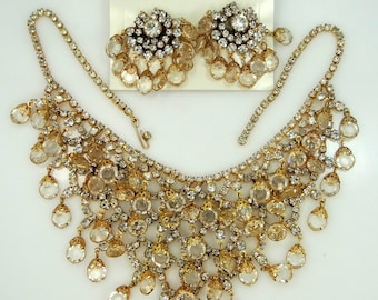 Beautiful 1960's Dripping Filigree Glass Bib Necklace & Matching Earrings MOC