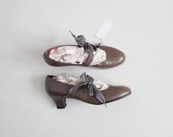 ribbon mary janes 6.5 | dark olive leather heels | mary jane heels 7
