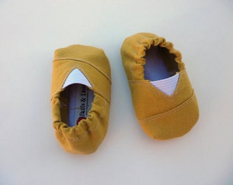 Mustard Yellow Toms Inspired Baby Shoes/Moccs - Size 0-18 Months, Trendy Baby Shoes, Modern Baby Shoes, Booties, Soft Sole, Baby Moccs